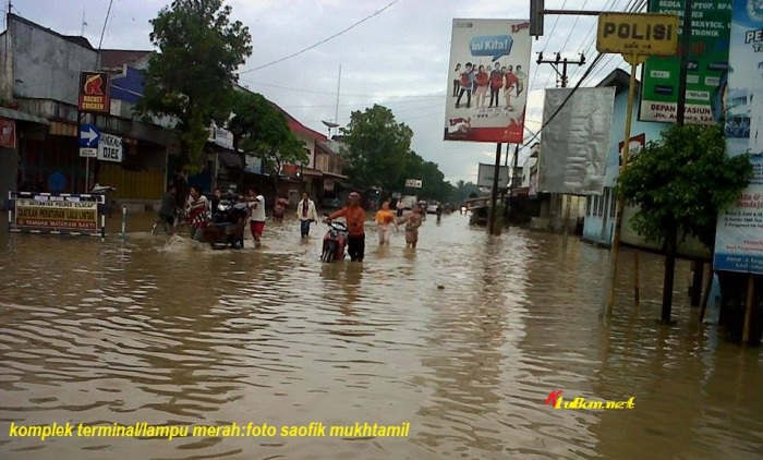 Sidareja Banjir terminal2
