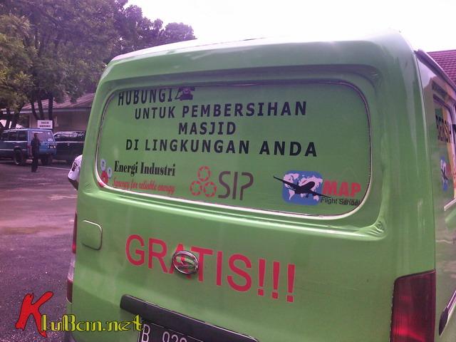 Bersih Masjid Gratis 08